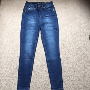 Medium Blue Wash Fashion Nova Jeans